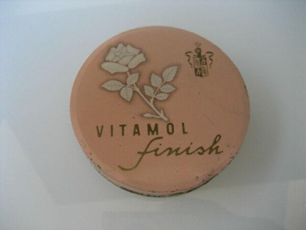 Caja Metal Farmacia. Vitamol Finish. Hamol S. A. Zurich CaráCter AromáTico Y Gusto Agradable.