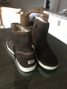 UGGS BROWN Leather Suede Zip Boots Calf