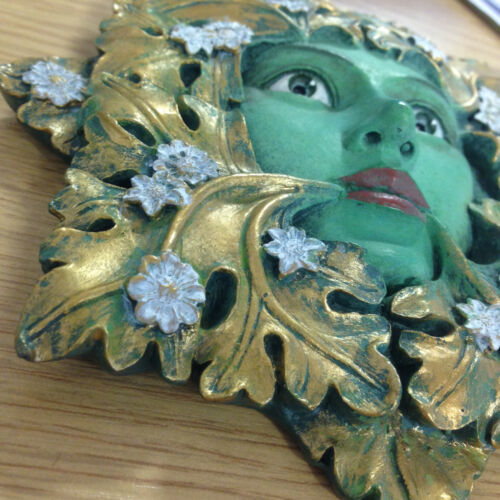 Queen Floral Green Man Garden Ornament Wall Plaque Outdoor Wicca Leaf Face 09068