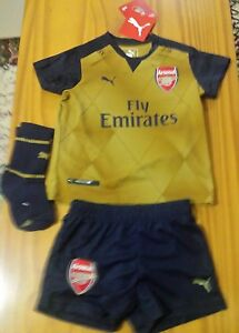 Infant Arsenal Puma away baby football kit 6-9 months New 2015-2016 ... 863ff9568