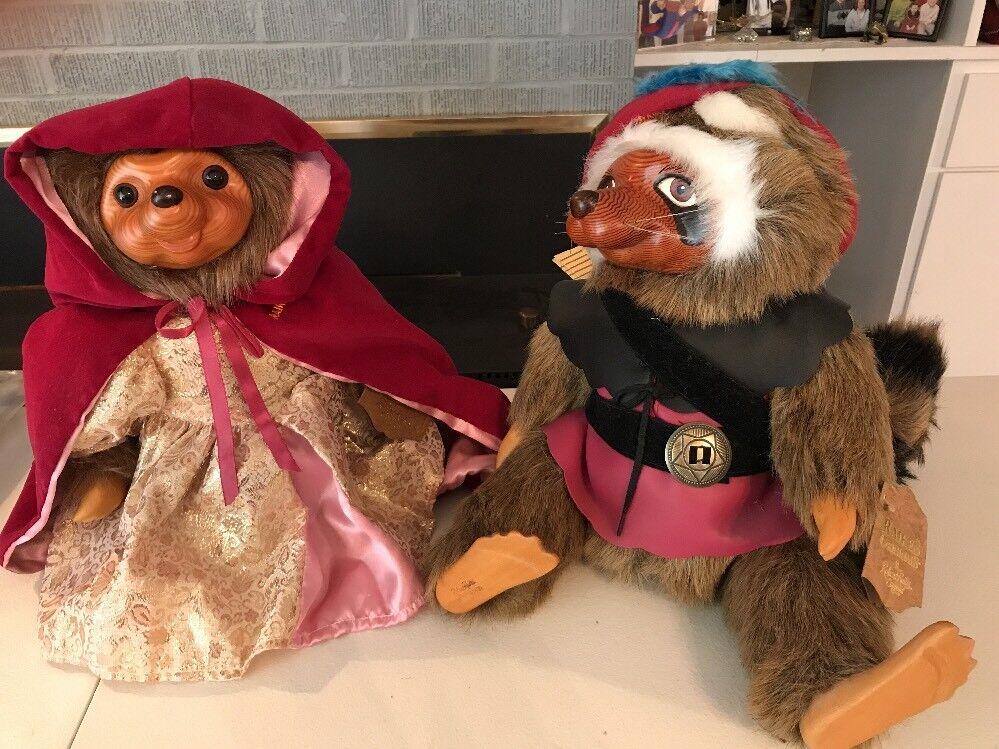 "Robert Raikes Set Robin Hood & Maid Marian 1989  Preowned 12"" Set"