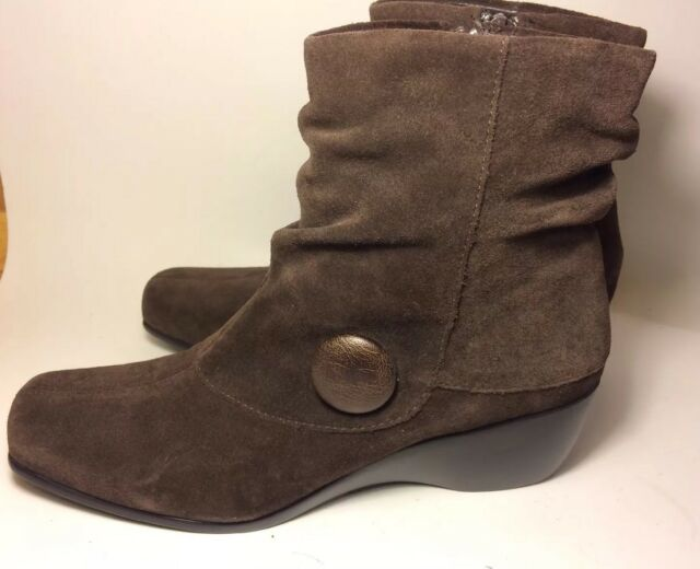 ANDREW GELLER brown suede ankle boots women's size 8