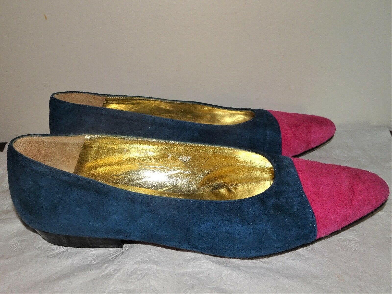 ST JOHN TONE MADE IN ITALY TWO TONE JOHN POINTED TOE  SUEDE Schuhe SZ 7B 8985dd