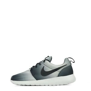 half off 805eb 0a884 Nike Roshe Run Print Men's Trainers Black/White * Odd Pair ...