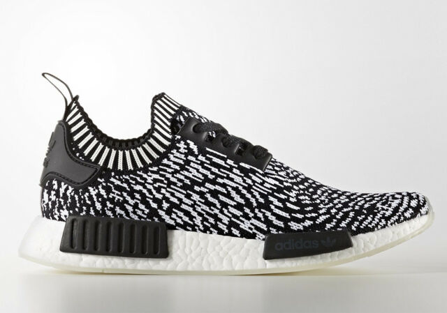 ADIDAS MEN'S BOOST NMD R1 PK PRIMEKNIT BLACK WHITE BY3013