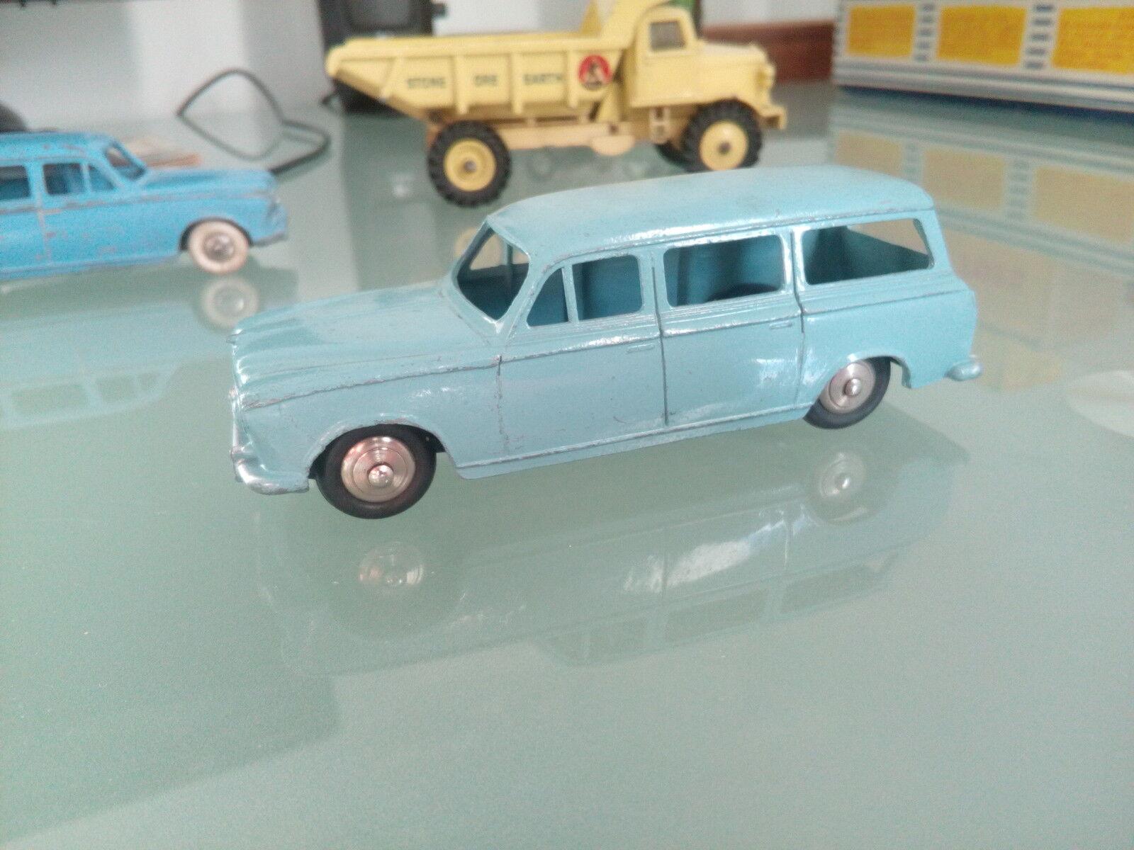 Dinky toys 403 peugeot U 5ref 24F bon etat d origine
