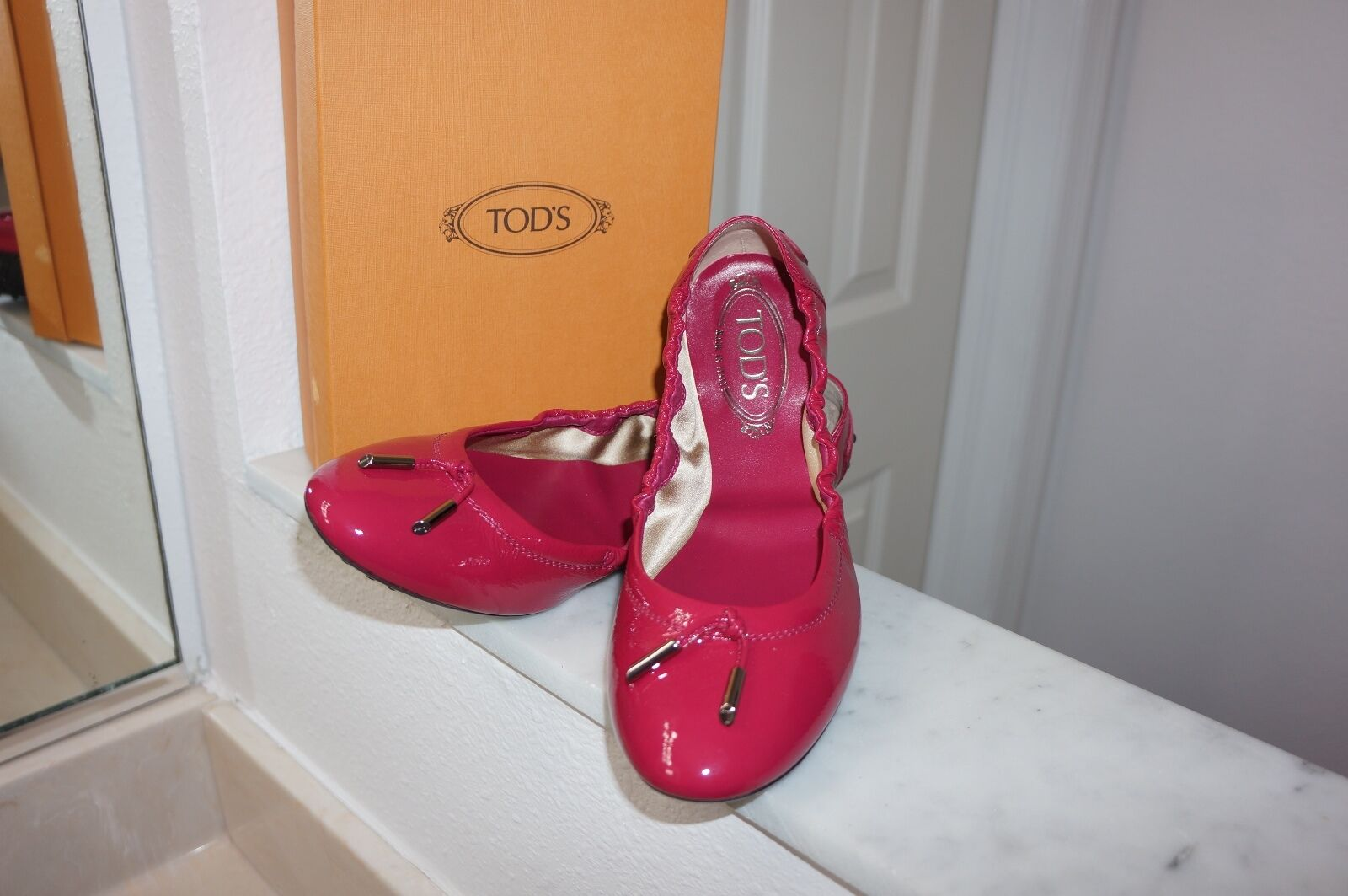 NEW Tod's Hot Pink Fuchsia  Patent Leather Ballerina Flats Sz 39.5/ US 9.5