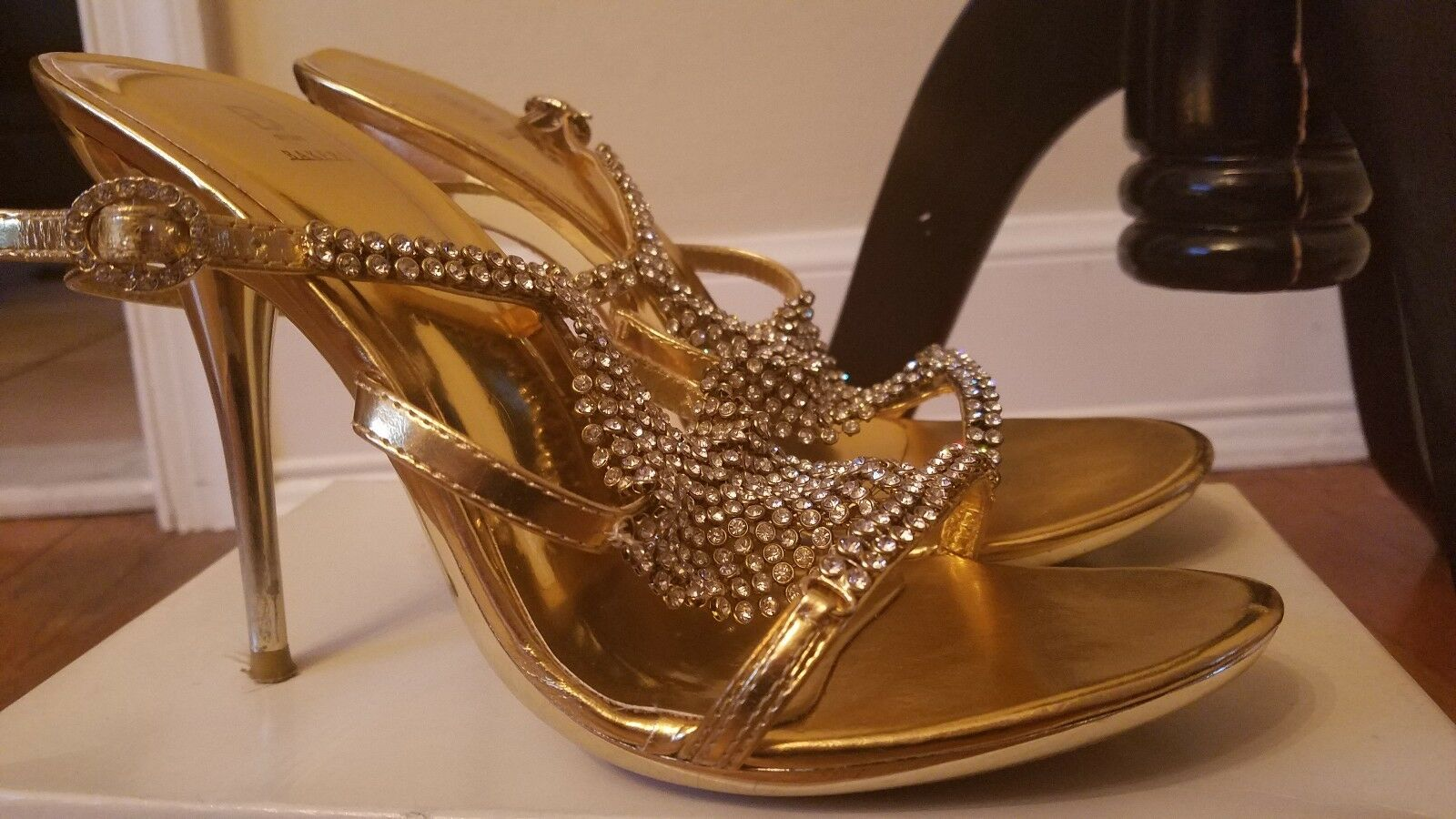 Bakers schuhe Holly Gold Gold Gold High Heel Rhinestone Größe 7.5 Worn Once Prom Homecoming 38b80e