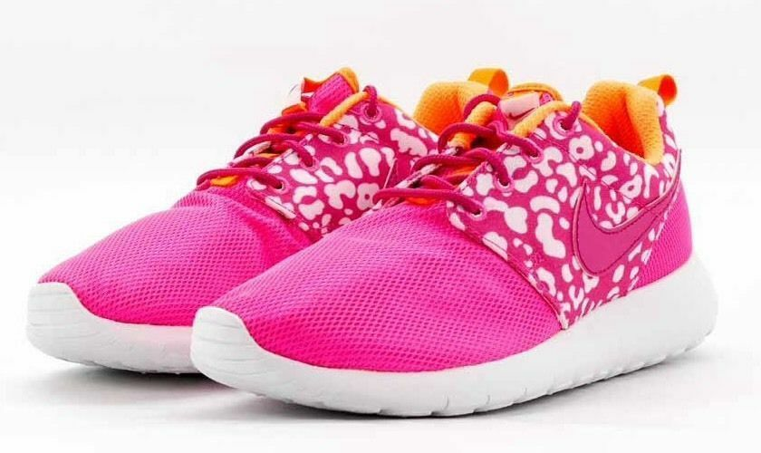 NIKE ROSHE RUN PRINT FIRE BERRY PINK WOMEN S RUNNING SHOES 100% AUTHENTIC