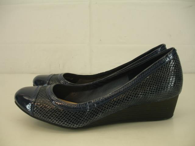 Mujeres 9 B M Cole Haan Elise cap toe De Salón Tacón con Plataforma Zapatos de piel de serpiente Azul Vestido