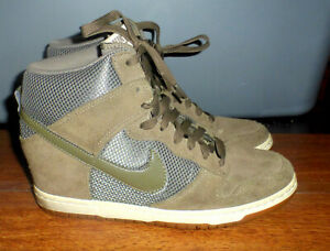 Surtido Becks blanco lechoso  WOMENS NIKE SKY HI OLIVE GREEN SUEDE WEDGE SNEAKERS 579763-300 SIZE 10 |  eBay