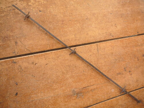 ANTIQUE BARBED WIRE GLIDDENS FOUR POINT  UNTWISTED FLATTENED ROUND HEAVY LINE