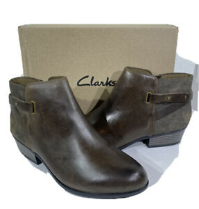 Clarks-Addiy-Gladys-Women-039-s-Size-12M-Taupe-Leather-Inside-Zip-Ankle-Booties-X3-7