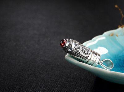 G02 Anhänger Buddhistisch Amulett Zum Öffnen Aus Silber 925 Und Granat Rot