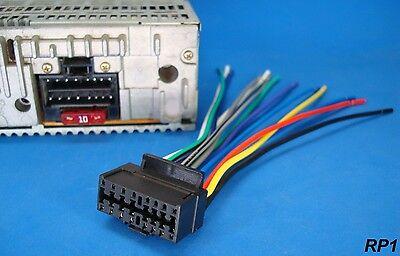 usa seller blaupunkt 16 pin car stereo wire harness radio power plug cd mp3 dvd ebay Engine Wiring Harness