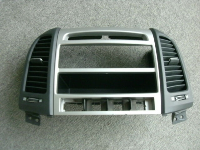 2007 2012 Hyundai Santa Fe Center Dash Radio Bezel Trim With Vents Rhebay: Hyundai Santa Fe Radio Bezel At Gmaili.net