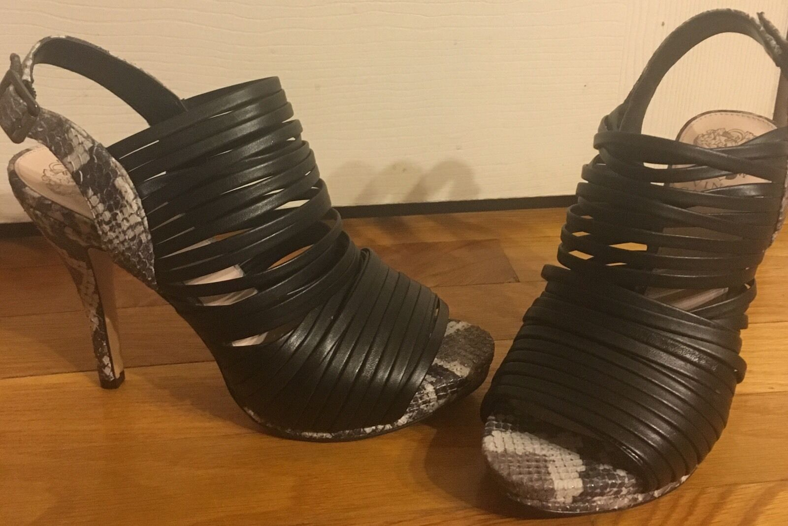 Vince Camino Snake Embossed Heel Striped Genuine Leather Open scarpe Sz6.5 NEW