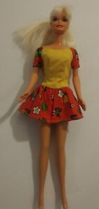 "Vintage Barbie Doll 1976 Mattel Malaysia Barbie Tag Dress Blonde 11 1/2"" Tall"