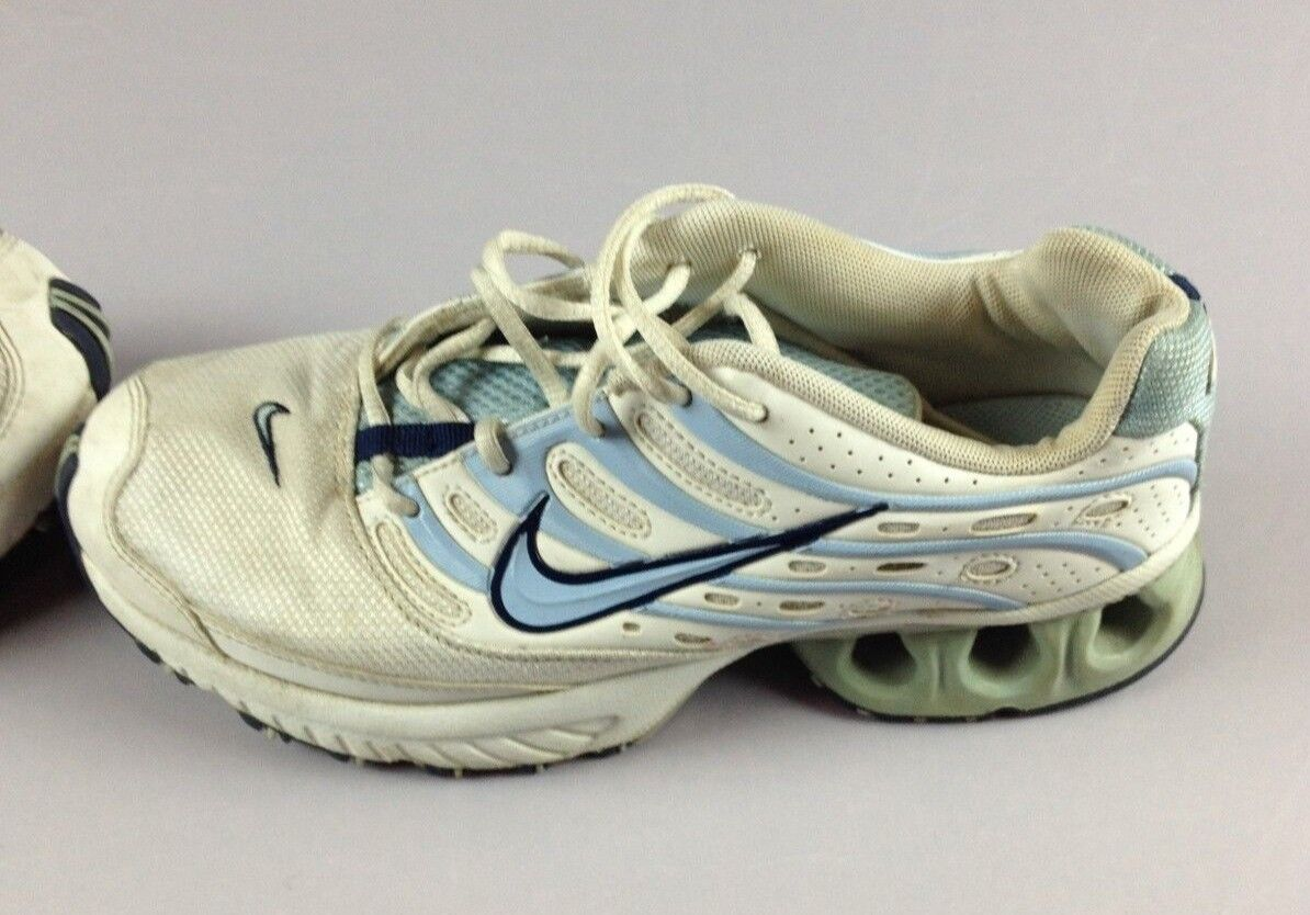 2d63a622fc570 Nike Running Womens Sneakers Size 5.5 5.5 5.5 930fb7 - trainers ...