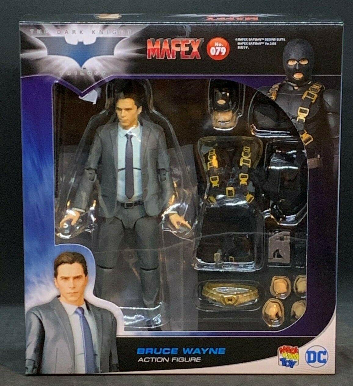 Medicom MAFEX Bruce Wayne - The Dark Knight Trilogy Ver. No. 079
