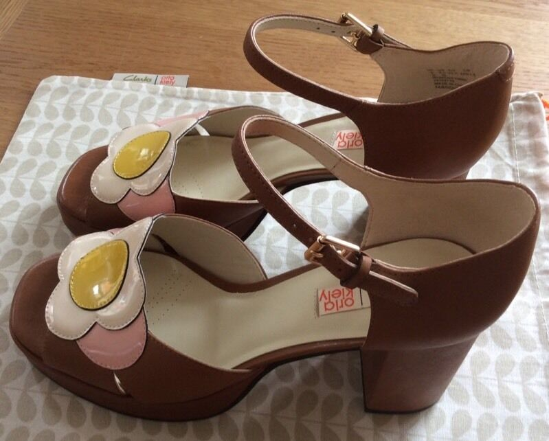 Orla Kiely Clarks, Betty Tan shoes In Size UK 7, EUR 41, Vintage, Retro