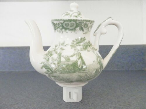 Maiden at a well Hand Painted Decorator Porcelain Tea Pot Plug-In Night Light