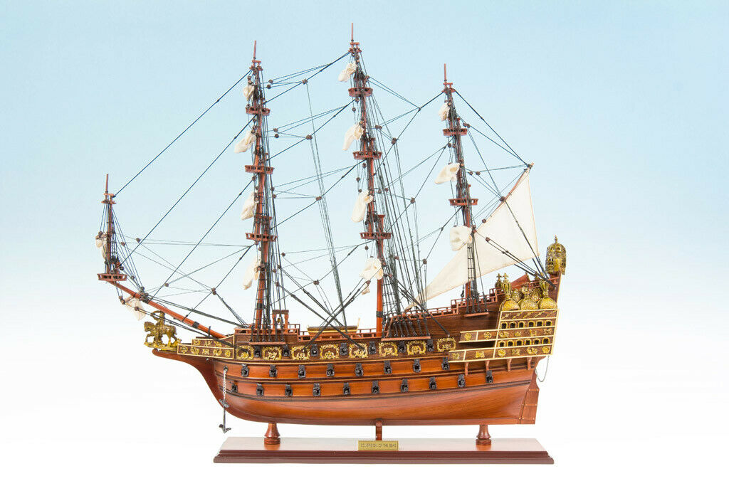 SEACRAFT GALLERY Wooden Model Ship SOVEREIGN OF THE SEAS 75cm Completed