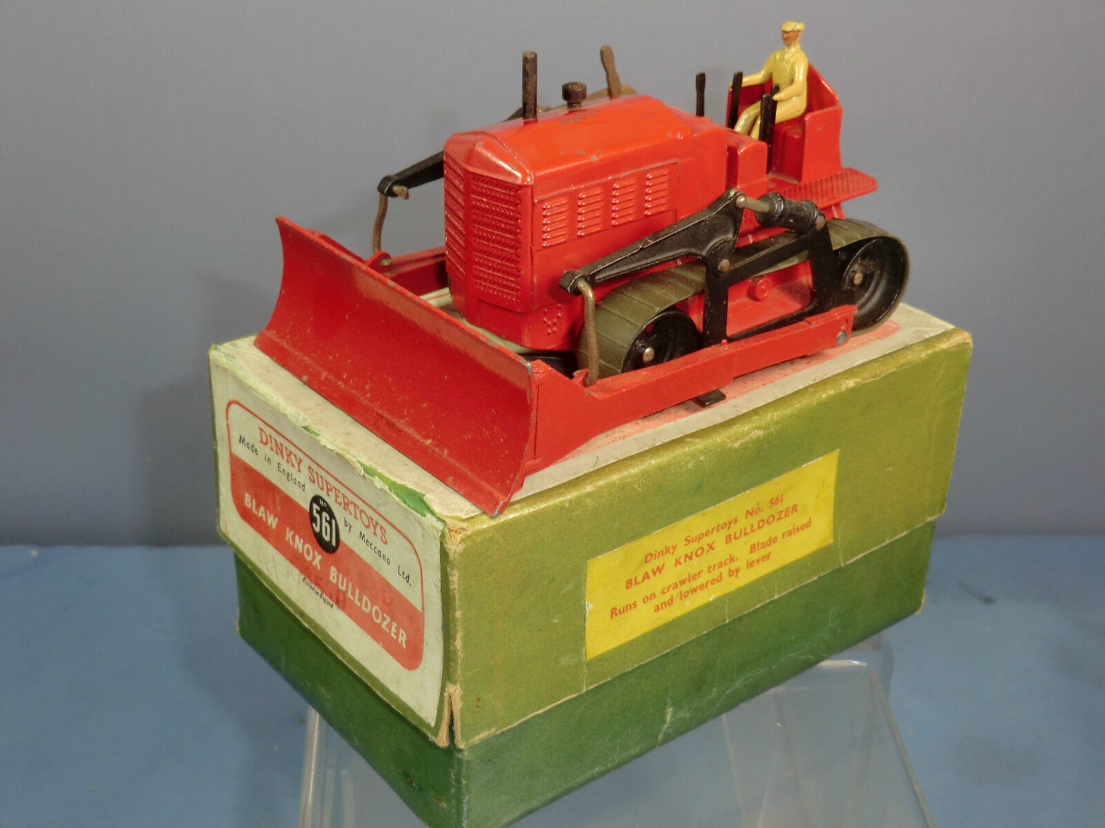 DINKY   SUPERTOYS MODEL No.561  BLAW KNOX BULLDOZER  ( rouge VERSION ) VN MIB  plus d'escompte