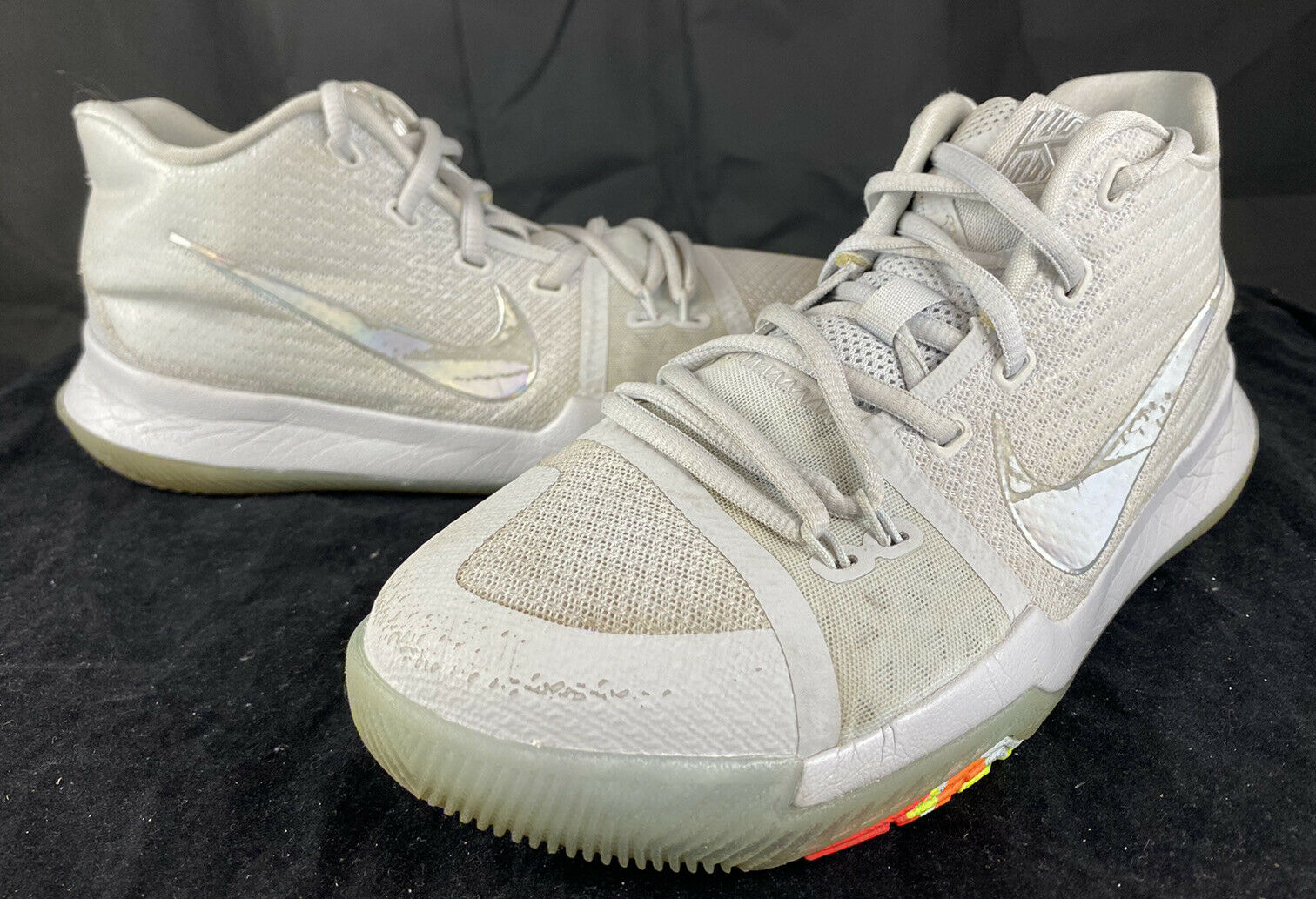 Youth Nike Kyrie 3 TS Pure Platinum