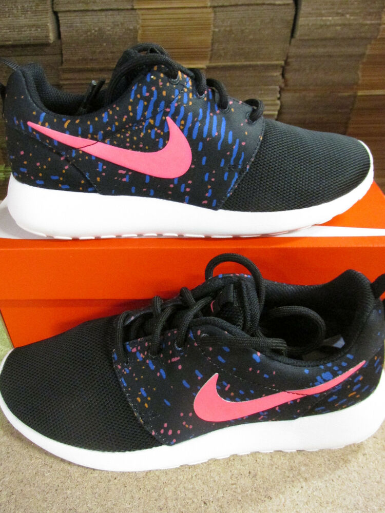 2019 DernièRe Conception Nike Femme Roshe One Print Running Baskets 844958 003 Baskets Chaussures Gamme ComplèTe D'Articles