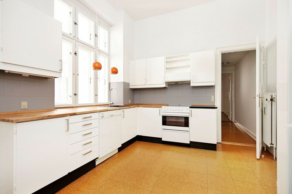 1558 5 vær. andelslejlighed, 173 m2, Christiansborggade 1