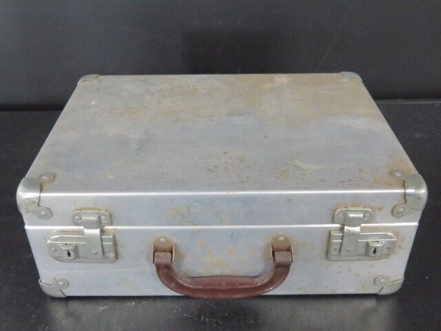 VTG HYDE case ROLLERSKATES Chicago wood wheels and aluminum travel carry case HYDE Größe 6 193539