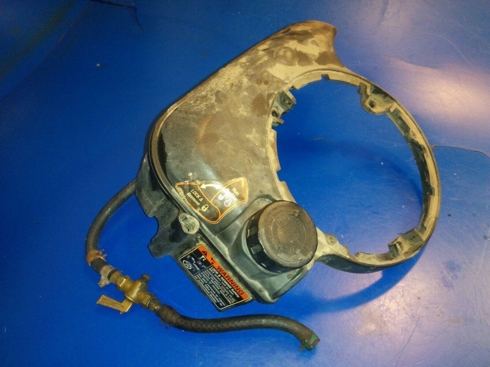 Combustible Tanque De Gas = MTD Yard-Man 12A-569T401 partes (1 4k)