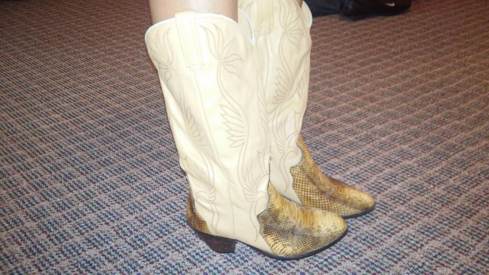 Vintage Acme Womens Leather Western Cowgirl Boots