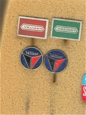 4 Alte Anstecknadeln Von Valiant Usa Auto 2x Vollmetall 2x Blech Angenehm Im Nachgeschmack