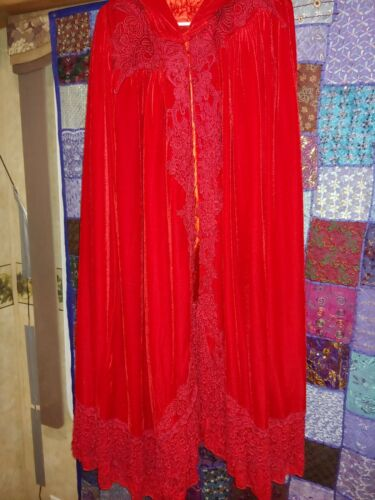 Red velvet Victorian cape with hood - image 1