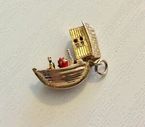 Lovely-Quality-Vintage-Solid-9CT-Gold-Noah-s-Ark-Charm-Opens-Up-Animals