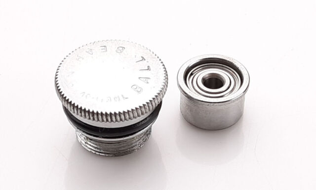 Side Plates Right /& Left Good Bearings Penn 113H 4//0 Senator Fishing Reel Parts