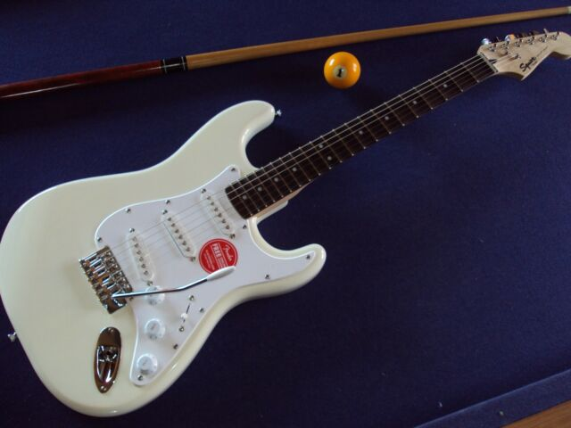 Scalloped SQUIER Stratocaster,white,3 Singlecoils Malmsteen/Blackmore/Uli J Roth