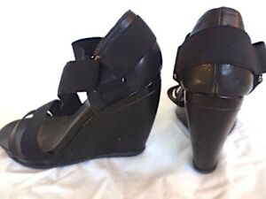Kenneth-Cole-Reaction-Perfect-Black-4-034-H-Wedge-Sandals-Leather-Straps-Women-7-HOT