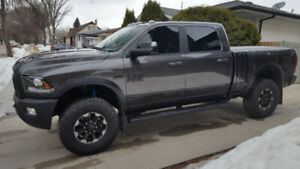 2018 RAM P0WER WAGON 2500 4x4, LEATHER, CELL PHONE START SYSTEM