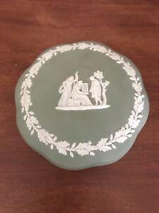 Vintage-Wedgwood-Jasperware-Green-Trinket-Box