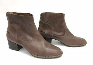 eb04eebdd7d Details about UGG Australia Women's Bandara Ankle Boot Bootie Leather  Coconut Shell 1098310