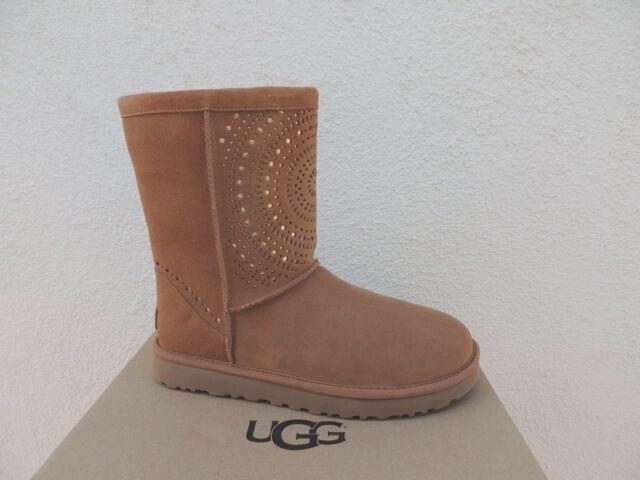 595877c3e3 UGG Classic Short Sunshine Perf Chestnut BOOTS Size US 7 EUR 38 ...
