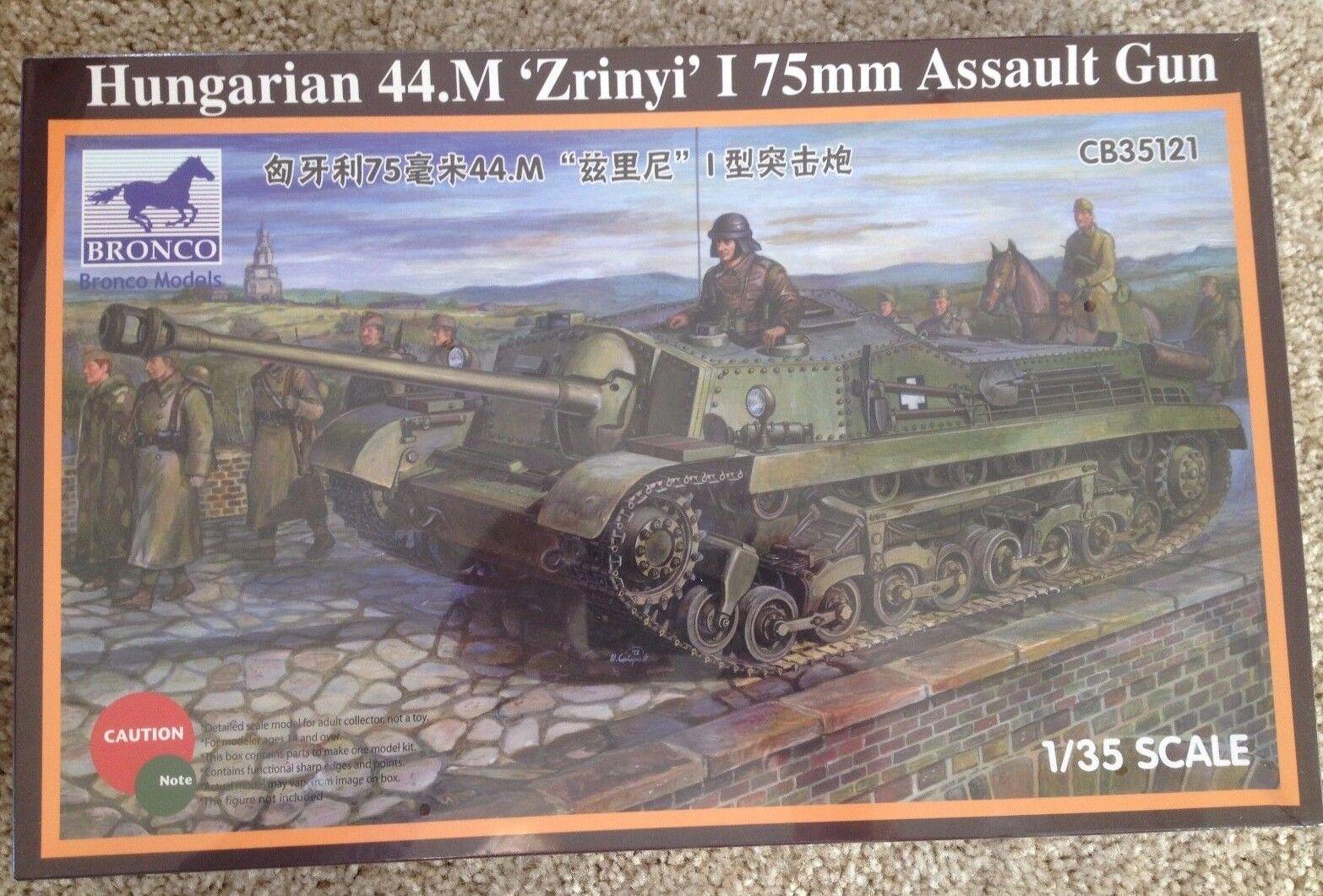 1 35 Hungarian 44.M Zrinyi I 75mm Assault Gun - Bronco