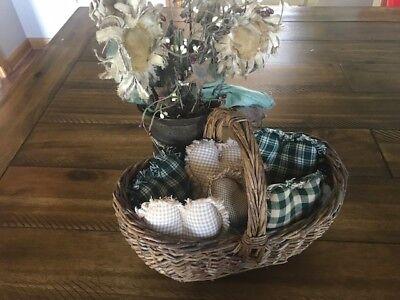 New Farmhouse Plaid Ornies Bowl Fillers PrImITive Hearts Black Tan Brown Rag