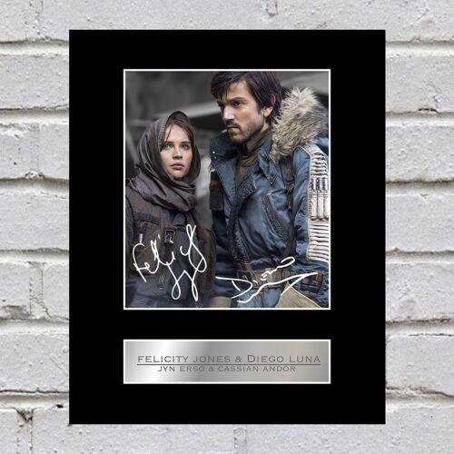 Felicity Jones /& Diego Luna Signed Photo Jyn Erso /& Cassian Andor Rogue One