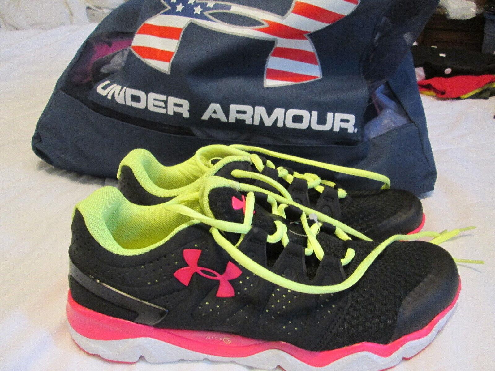 Puma Athletic 9.5, Shoes - Men's Size 9.5, Athletic Black/White 145b11
