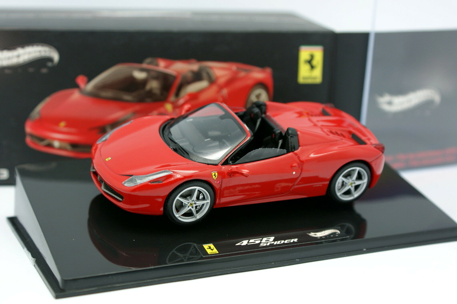Hot Wheels 1 43 43 43 - Ferrari 458 Spider red 263e1d