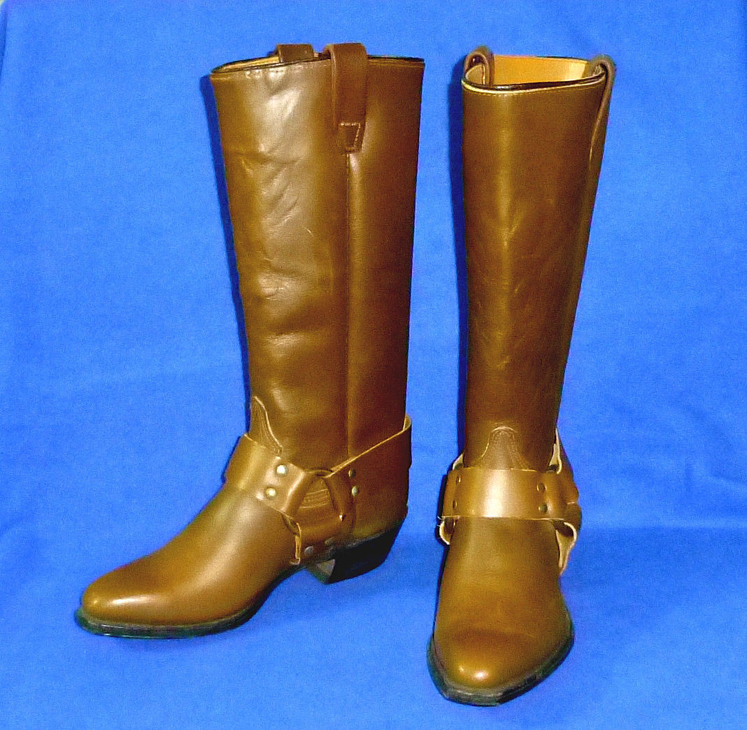 6 M VINTAGE WALKER HARNESS CAMPUS USA MADE WOMENS BOOTS TAN